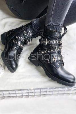 Boot's Sangles Croisées Clous Femme Noir / Réf : DQH0520