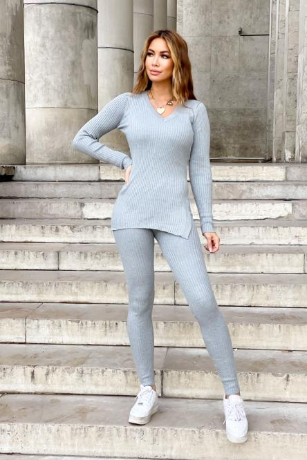 Woman Set Grey