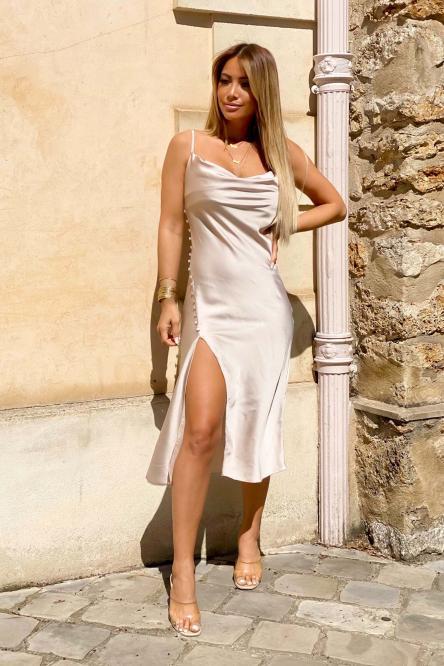 Robe Femme Fendue Satinée Beige / Réf : 3305-2