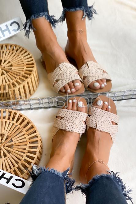 Sandales Femme à Clous Beige / Réf : BJ533